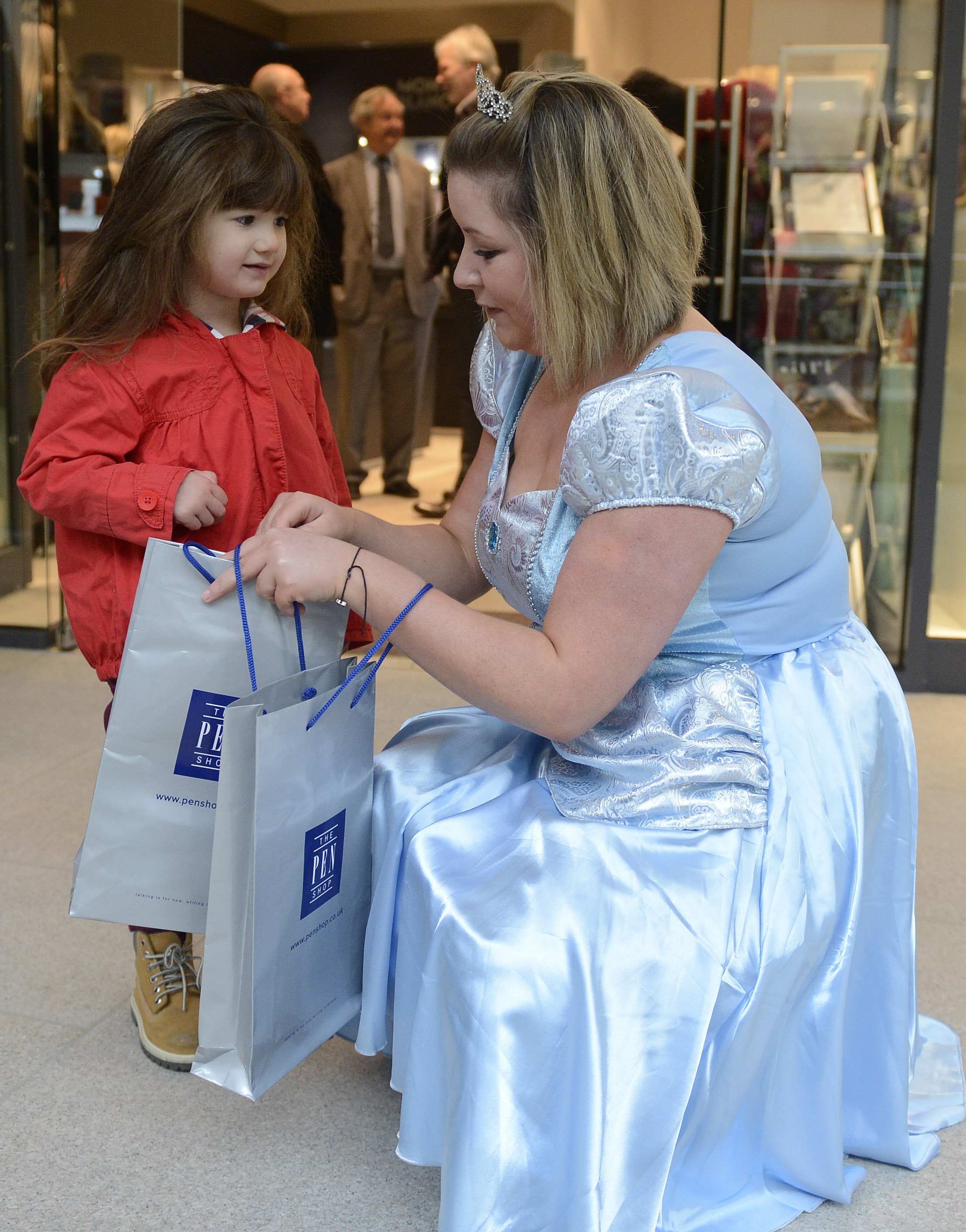isabelle-sykes-aged-3-with-cinderella-at-the-opening-of-the-pen-shop-leeds